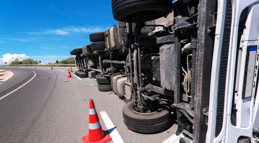 semitruck accident