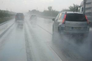 car accidents_rainy weather